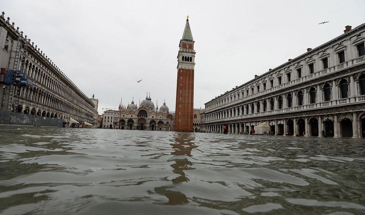 Velence Szent Márk tér Olaszország árvíz