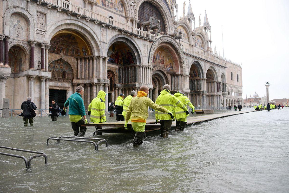 Velence Szent Márk tér áradás
