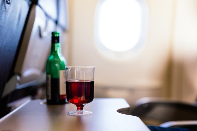 Alkoholos ital a fedélzeten
