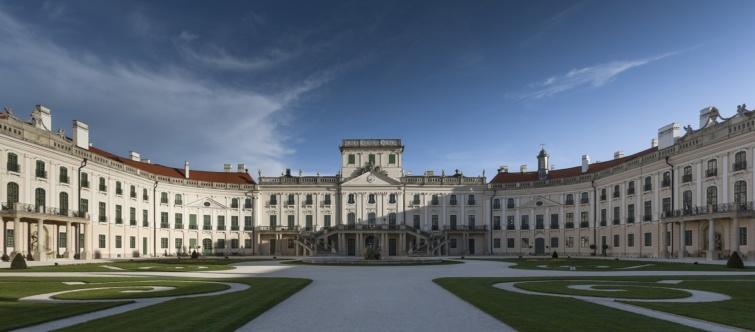 A fertődi Esterházy-kastély.