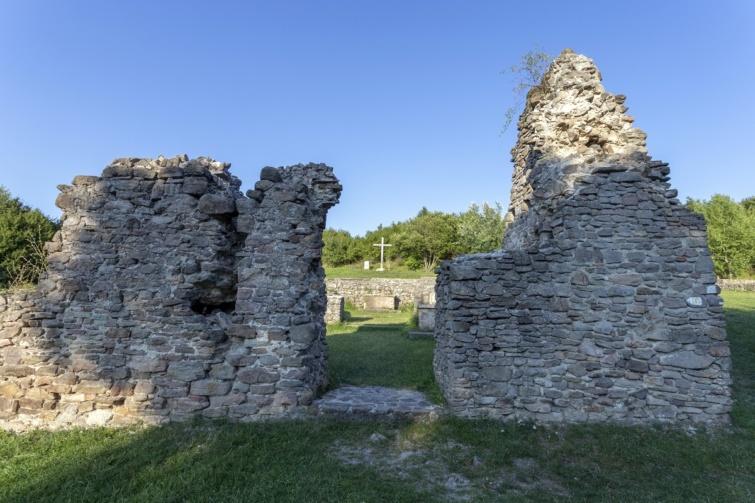A pilisszentlélek melletti pálos kolostor romjai.