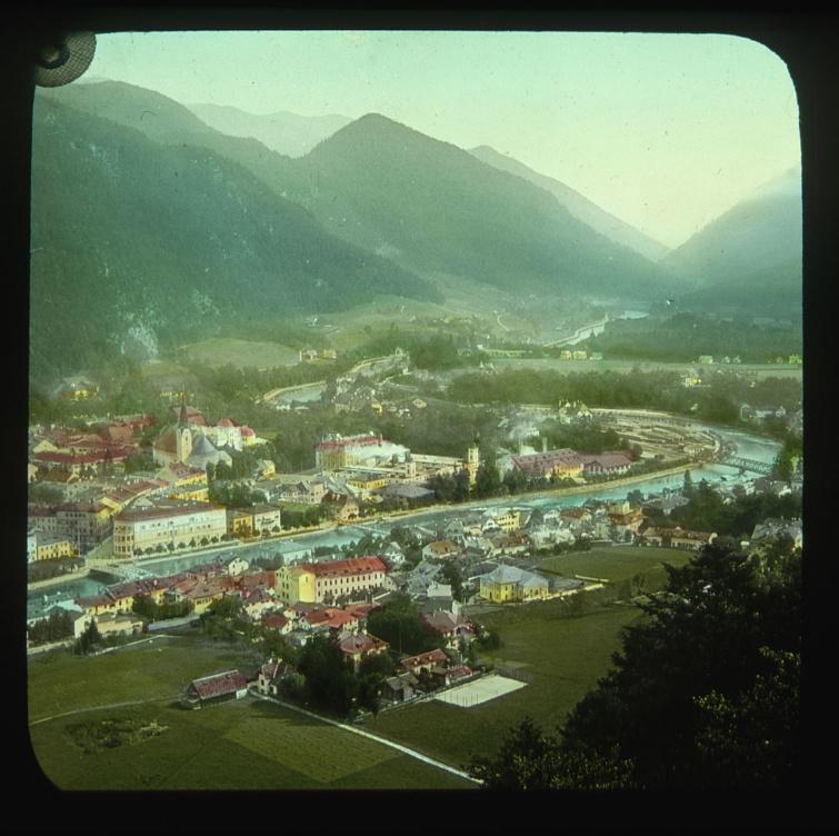 Színezett fotó a korabeli Bad Ischl-ről.