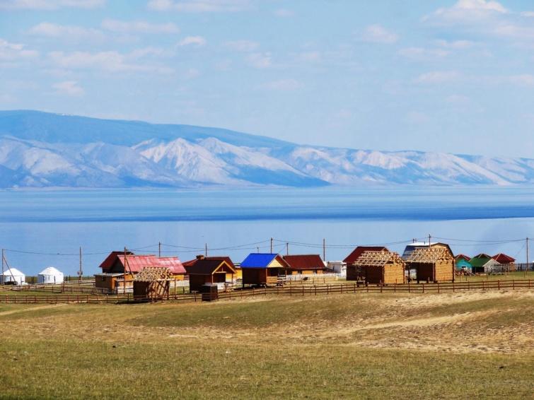 Olhon-szigete a Bajkál-tónál.