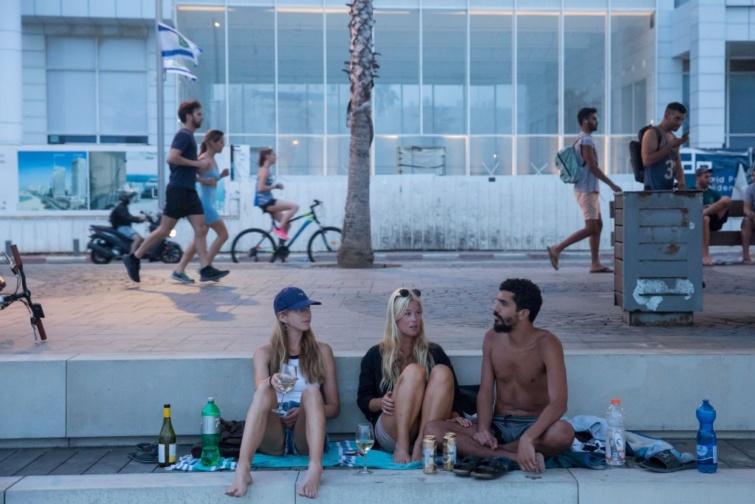 Nem kötelező a maszk szabadtéren Izraelben