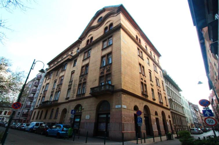 Itt dolgozott József Attila