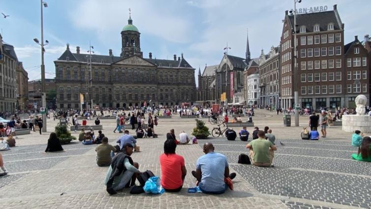Hollandia szigorításokat jelentett be