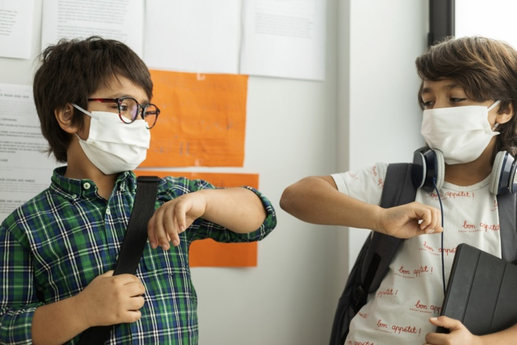 Iskolakezdés és koronavírus