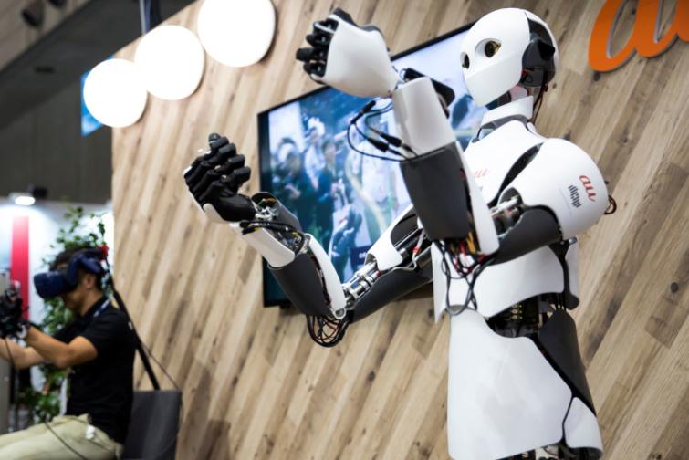 robotok a plázában